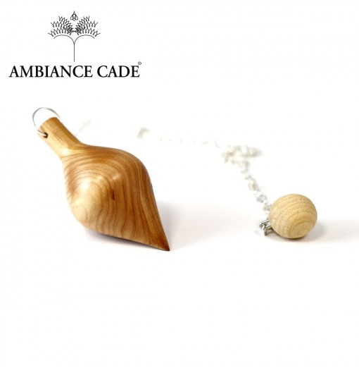 Pendule en bois de cade sauvage